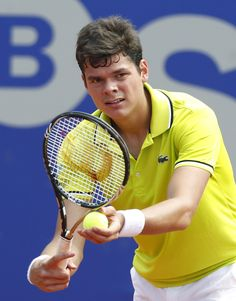 Milos Raonic serving it up with his Wilson Blade 98 tennis racket & defeating Murray in Barcelona. Play like the pros! Get your Wilson Blade 98 #tennis racquet at #poolsoftupelo.