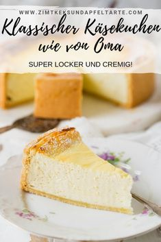 Classic creamy cheesecake - just bake it yourself - Simple recipe, very creamy . - Classic creamy cheesecake – just bake it yourself – Simple recipe, very creamy and absolutely - Chocolate Cake Recipe Easy, Chocolate Cookie Recipes, Homemade Chocolate, Easy Cheesecake Recipes, Easy Cookie Recipes, Food Cakes, Bolo Cookies And Cream, Cheesecake Tradicional, Cheesecake Classique