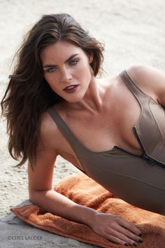 Picture of Hilary Rhoda Hilary Rhoda, Si Swimsuit, Estee Lauder, Supermodels, Fashion Models, Beautiful People, Hair Beauty, Portrait, My Style