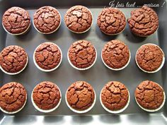 Muffins EXTRA moelleux au chocolat - Muffins très moelleux au chocolat Imágenes efectivas que le proporcionamos sobre healthy eating Un - Dessert Party, Party Desserts, Fall Desserts, Tart Recipes, Dog Food Recipes, Snack Recipes, Dessert Recipes, Cupcakes, Chocolat Cake
