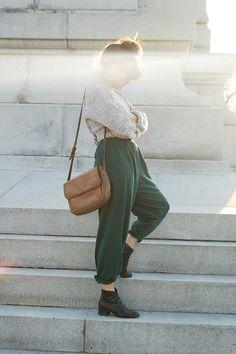 Что есть что в мире брюк: афгани, слаксы, чинос. Шаровары - Woman's Day