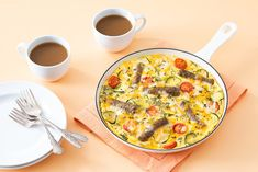 Easy Skillet Sausage and Egg Bake with Sausage Links Quiche Recipes, Ww Recipes, Light Recipes, Cooking Recipes, Sausage Egg Bake, Sausage And Egg, Turkey Breakfast Sausage, Breakfast Casserole Sausage, Breakfast Snacks