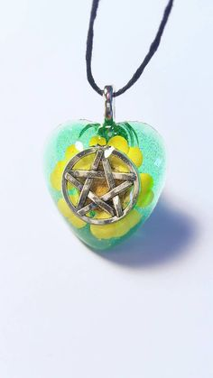 Check out this item in my Etsy shop https://www.etsy.com/listing/499223400/pentacle-symbol-real-flower-nature