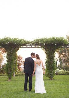 beautiful wedding photo ~ #weddinspire.com