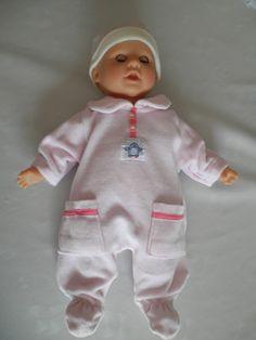 transformation d'un pyjama bébé pour un poupon