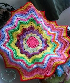Beautiful #crochet stashbuster from Sarah Sweethearts
