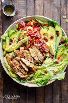 Honey Mustard Chicken, Avocado + Bacon Salad, with a crazy good Honey Mustard dressing withOUT mayonnaise or yogurt! And only 5 ingredients! | http://cafedelites.com Chicken Salad With Avocado, Chicken Salad Without Mayo, Keto Chicken Salad, Chicken Avacado, Chicken Bacon, Easy Chicken Salad Recipe, Avocado Chicken Recipes, Chicken Potato Salad, Sriracha Chicken