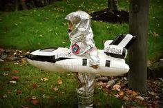 homemade fancy dress astronaut child costume - Google Search Halloween 2016, Halloween Costumes, Alien Suit, Astronaut Costume, Space Party, Fancy Dress, Children, Kids, Cosplay