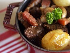 Popular beef bourguignon recipe in a slow cooker on your favourite meals Chefs, Aga Recipes, Chef Simon, Healthy Cooking, Healthy Recipes, Bourguignon Recipe, Food Wishes, Alcohol Recipes, Morning Food