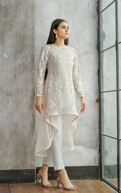 Net Embroidered Shirt is part of Dress pesta - Front and sleeves net embroidered tail style shirt with embroidered yoke at back and pearls embellishments all around daman and sleeves Party Wear Frocks, Party Wear Dresses, Net Dresses, Wedding Dresses, Dresses Online, Party Dress, Girls Dresses, Net Dress Design, Dress Designs For Girls