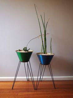 hairpin planters / midcentury / australian