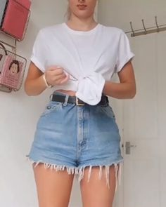 summer outfits women over 40 ; summer outfits plus size ; Trendy Summer Outfits, Short Outfits, Outfits For Teens, Stylish Outfits, Outfit Ideas Summer, Summer Fashions, Summer Shorts, Casual Summer, Fashion Clothes