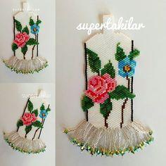 Miyuki Nakış Kolye Eskilerden... Ama bu haliyle paylaşmamıştım... Tbt günüdür diyerek paylaşmış oluyorum #miyuki #handmade #supertakilar #handcrafted #embroidery #nakış #kolye #necklace #jewellery #elyapımı #tbt