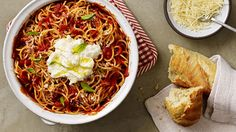 This recipe for spaghetti is quick and easy!-ONE POT