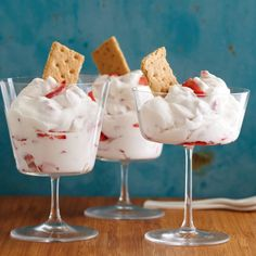 Sunny's Strawberry Fool recipe from Sunny Anderson via Food Network Mothers Day Desserts, Just Desserts, Cold Desserts, Light Desserts, Tea Sandwiches, Fool Recipe, Cake Recipes, Dessert Recipes, Dessert Ideas