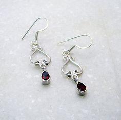 925 Sterling Silver Garnet Gemstone Earring Handmade Beautiful Jewelry USA