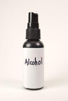 Reutilizar Una botella de aerosol párrafo el cabello de Viajes párr rociar con alcohol párr do USO DE como limpiador en el Estudio de la arcilla pol ...