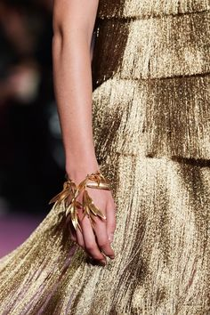 Christian Dior Gorgeous August 28, 2020 | ZsaZsa Bellagio - Like No Other Dior Haute Couture, Baby Couture, Couture Fashion, Vogue Paris, Christian Dior, Couture Details, Couture Collection, Mannequins, Fashion Photo