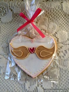 """Love Birds"" Valentines Day Cookies 