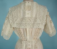 Antique Dress - c. 1910 Edwardian Off-White Muslin Lawn Dress with Embroidery, Filet Lace and Crochet Balls with Sailor Back