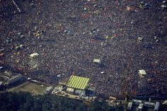 About fans attend the Summer Jam at Watkins Glen, N., July The Allman Brothers, The Grateful Dead and The Band were the featured performers at the rock festival. Legendary Singers, Summer Jam, Allman Brothers, Watkins Glen, Rock Festivals, July 28, Greggs, Grateful Dead, The Rock