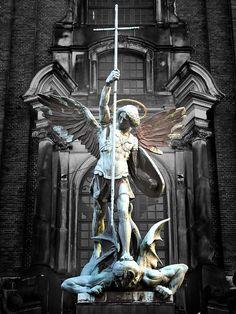 Archangel Michael conquering the Devil Hamburg Germany St. Archangel Michael Tattoo, St Michael Tattoo, Greek Statues, Angel Statues, Catholic Art, Religious Art, Saint Michael Statue, Statue Ange, Statue Tattoo