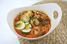 Malaysian noodle - Curry Laksa by Seasaltwithfood