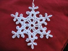 Ravelry: White Dew pattern by Caitlin Sainio