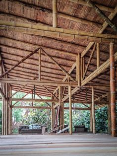 Image 8 of 26 from gallery of Convento House / Enrique Mora Alvarado. Courtesy of Enrique Mora Alvarado Bamboo Architecture, Vernacular Architecture, Sustainable Architecture, Architecture Details, Bamboo Building, Natural Building, Building A House, House Construction Plan, Bamboo Construction
