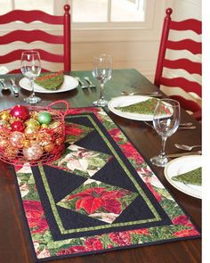 with this easy poinsettia table runner, featured in the December-January issue of Quilt magazine. We spoke to Terry Albers o. Quilted Table Toppers, Quilted Table Runners, Christmas Runner, Christmas Ideas, Xmas, Christmas Stuff, Holiday Ideas, Christmas Decorations, Quilting Projects