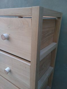 OAK MODERN CHEST OF DRAWERS