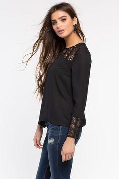 Блуза Размеры: S, M, L Цвет: черный, красный, банановый, белый Цена: 1489 руб.     #одежда #женщинам #блузы #коопт