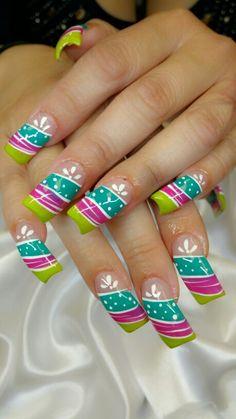 Berry swirl nails Diy Nail Designs, Colorful Nail Designs, Pretty Nail Art, Beautiful Nail Art, Hair And Nail Salon, Hair And Nails, Fabulous Nails, Perfect Nails, Fancy Nails