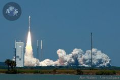 Super Secret Spy Satellite Soars Spectacularly to Space aboard Atlas V booster from Cape Canaveral