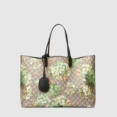 f8be563455c Gucci Reversible GG Blooms leather tote  Guccihandbags