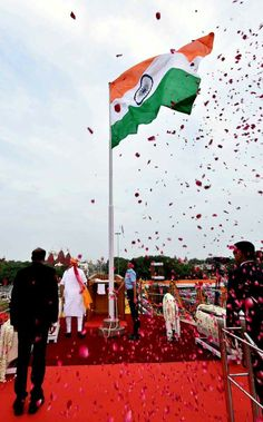 happy independence day spacial celebration pictures collection - Life Is Won For Flying (WONFY) Independence Day 2016, Indian Independence Day, Mahatma Gandhi Photos, Background For Powerpoint Presentation, Indian Army Quotes, Indian Army Wallpapers, India Country, Republic Day India, Mother India