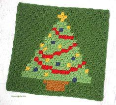 Tener un pixel de Navidad: la plaza del árbol de navidad | AllFreeCrochetAfghanPatterns.com