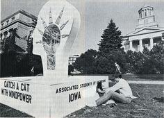 1982 corn monument under construction, p.3 of 1982 Iowa Engineer