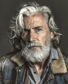 23 Handsome Gentlemen Who Are Going To Redefine Your Concept Of 'Older' Men – Page 4 – Mutually Barba Grande, Hair And Beard Styles, Long Hair Styles, Handsome Older Men, Older Man, Photographie Portrait Inspiration, Grey Beards, Old Faces, Men With Grey Hair
