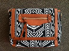 Black & white Aztec print crossbody  www.facebook.com/artifactboutique