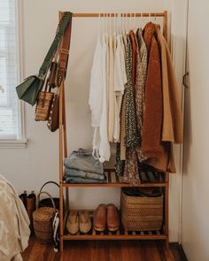 52 Super Ideas For Dorm Closet Organization Ideas Small Spaces Closet Bedroom, Room Decor Bedroom, Diy Bedroom, Dorm Room, Dorm Closet, College Closet, Design Bedroom, Bedroom Decor For Couples, Small Closets