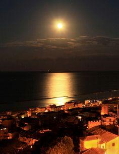Beautiful light. Grottammare    #TuscanyAgriturismoGiratola