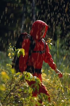 How to hike in the rain without being miserable