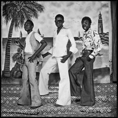 An unsung hero during his time, Sory Sanlé has largely been overlooked – until now. The African photographer has found fame in the august of his life with his powerful portraits of Burkina Faso youth culture in the Picture Poses, Big Picture, Afro, All About Africa, Female Poets, Simple Photo, Fashion Photography Inspiration, Youth Culture, African History