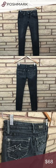 Miss Me Jeans 🌑Awesome black denim skinny jeans   🌘Showing no signs of wear    🌗Material: 98% cotton and 2% elastane 🌖Dimensions: 14in waist, 38in long and 30in inseam  🌕Offers Welcome 🌔Fast shipping 🌓Sorry, no trades 🌒Bundle and save 30% off two or more items 🌑Free gift with every purchase Miss Me Jeans Skinny