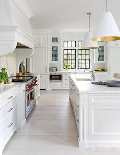 What's hot in kitchen design? If you're pondering a kitchen renovation or makeover, here are the 2019 kitchen trends bubbling to the surface. Classic White Kitchen, All White Kitchen, White Kitchen Cabinets, Kitchen Cabinet Design, Interior Design Kitchen, New Kitchen, Kitchen Ideas, Traditional White Kitchens, White Kitchen Floor Tiles
