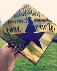 10 Graduation Cap Decorations That You're Going To Want To Try 10 Cap Designs to Try - UK Funny Graduation Caps, Graduation Cap Designs, Graduation Cap Decoration, Graduation Diy, High School Graduation, Graduate School, Graduation Quotes, Graduation Photoshoot, Graduation Celebration