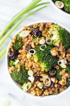 Winter Wheat Berry Salad with Broccoli #wheatberry #wheat #wheatlovers #wheatgrass #wheatberries #farming #healthy #homegrown #Farm #wheatrecipes #food #foodie #healthylifestyle #healthyeating Wheat Berry Recipes, Wheat Berry Salad, Fresh Broccoli, Broccoli Salad, Vegetarian Main Dishes, Vegetarian Recipes, Winter Salad, Dried Cherries, Dinner Sides