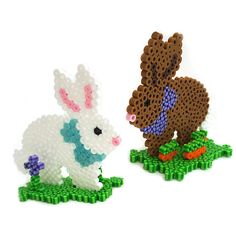 osterdeko aus bügelperlen ideen selber machen osterhasen Easter decorations from ironing beads make your own Easter bunnies Melty Bead Patterns, Bead Embroidery Patterns, Pearler Bead Patterns, Perler Patterns, Beading Patterns, Art Patterns, Jewelry Patterns, Bracelet Patterns, Knitting Patterns
