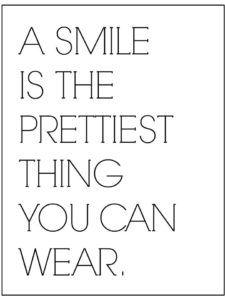 a-smile-is-the-prettiest-thing-you-can-wear, spruch für bilderrahmen schwarz weiß, quotes, sprüche bilderrahmen, kostenloser pdf download